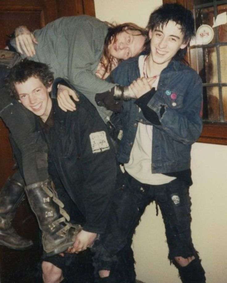 Doom - Pete, Stick and Jon (Crust punk /UK)