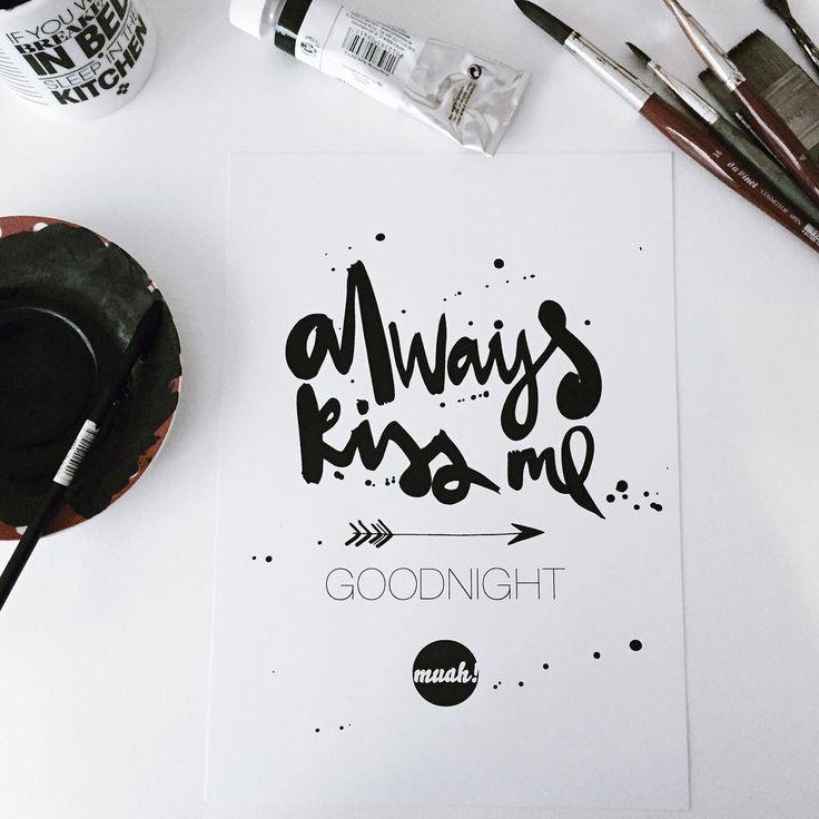 Heute ist internationaler Tag des Kusses! Muah!  #kiss #formart #typo #typoliebe #typolovers #dawanda  #druck #selekkt #stijl #instagood #interior #instahome #instalove #liebe #love #loveletter #blackisbeautiful #goodnight #kuss #poster #kunstdrucke #handwriting #posters #prints #kusstag #tagdeskusses