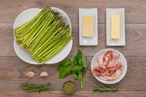 Закуска из спаржи с ветчиной | Chefmarket.ru — доставка ингредиентов и продуктов для приготовления блюд.