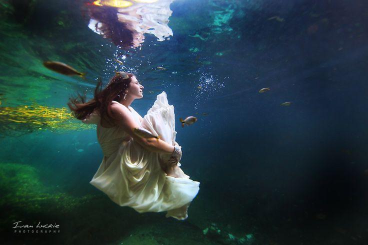 Underwater trash wedding photography