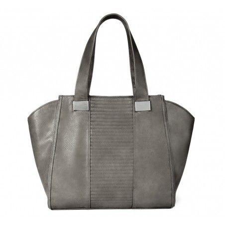 Perfect fall bag. Leather looks plush.