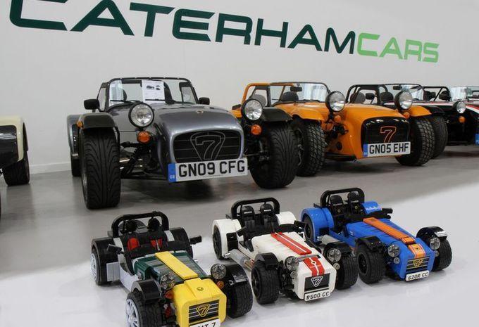 awesome La catalogue Lego s'enrichit de deux Caterham… en miniature
