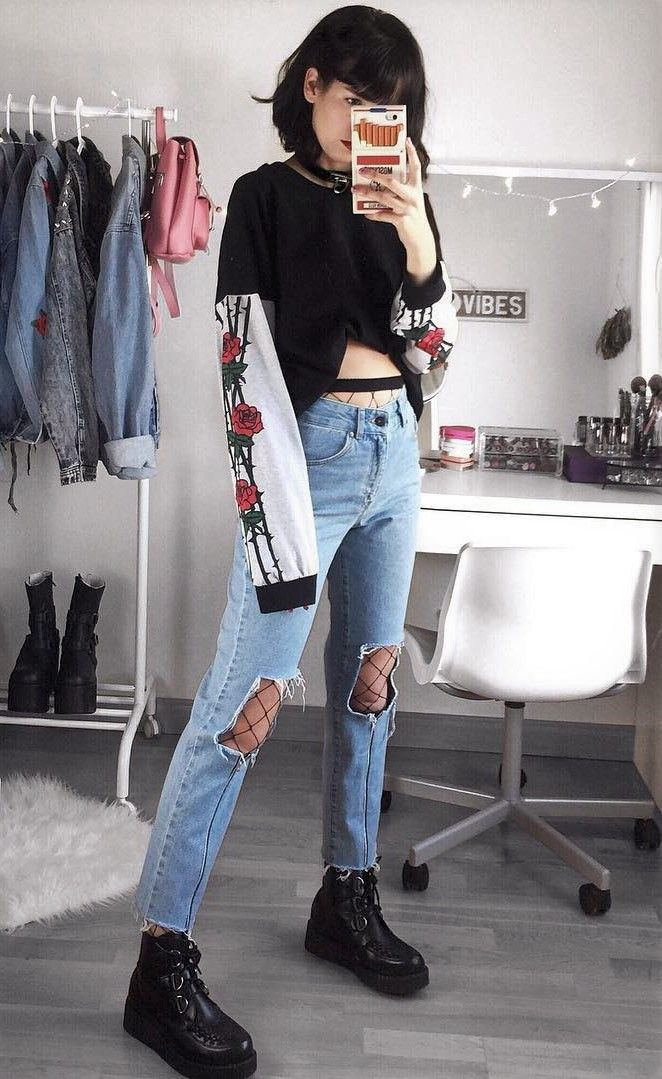 Black sweatshirt with roses prints, ripped denim jeans, fishnet tights & creepers shoes by deaddsouls