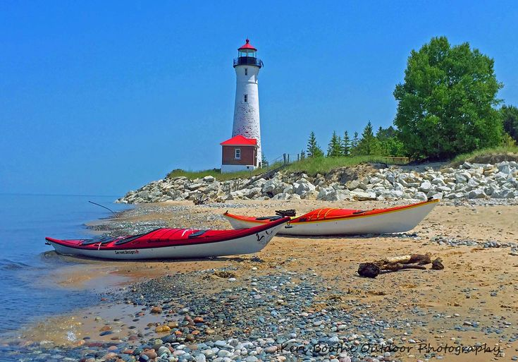 Crisp Point LIghthouse on Lake Superior. Keri Boothe Outdoor Photography
