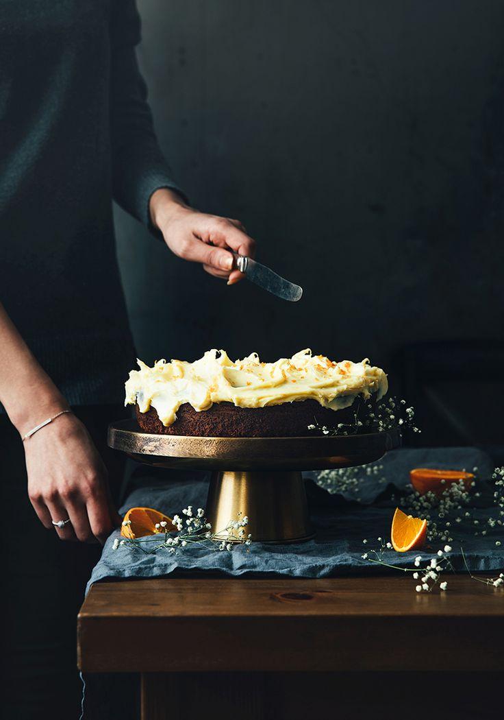 Gâteau au chocolat & glaçage au fromage à la crème et au chocolat blanc (sans œufs) - Recette - Trois fois par jour