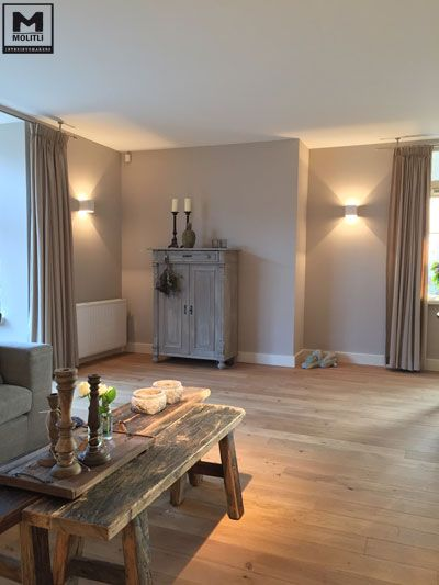Restyling woonhuis, bestaande houten vloer behandeld, nieuwe stoere…