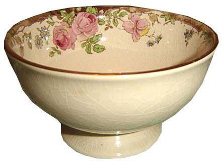 Footed sugar bowl
