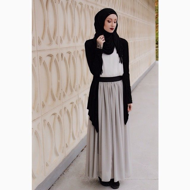 Kendyl Aurora Hijab Fashion Modest Fashion Dark