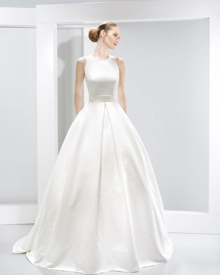 #6017 Nanda Devi Collection -  2016  Vestidos de novia - Jesús Peiró  Wedding dresses - Jesús Peiró