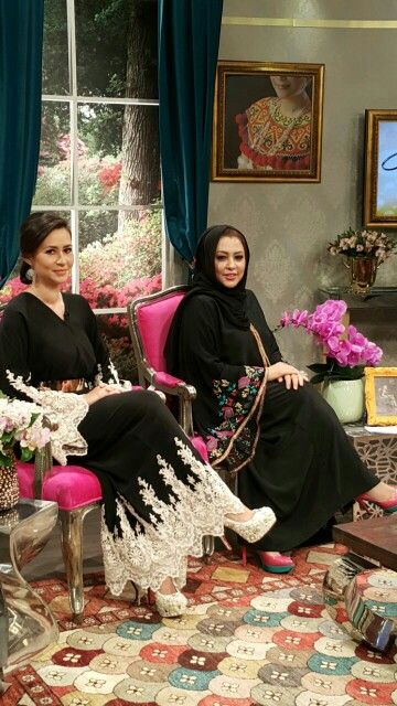 Beautiful designers of Hidaya Abaya!