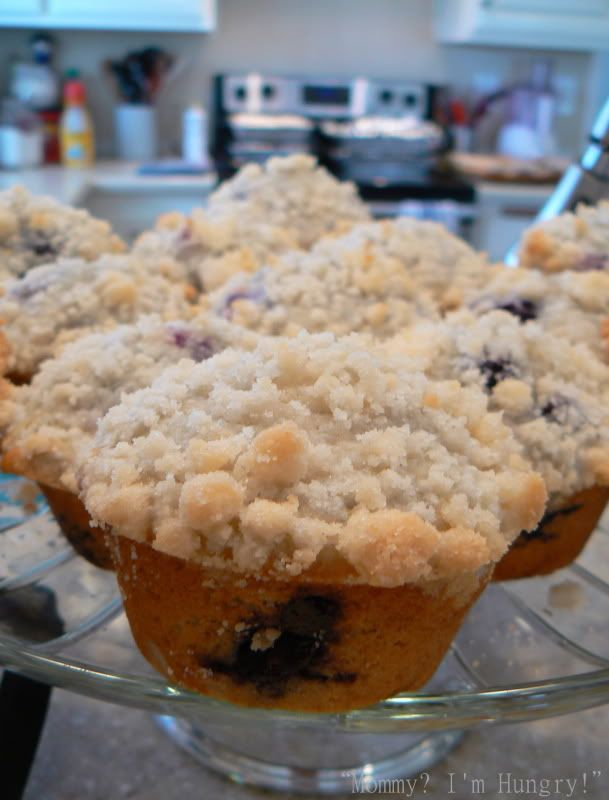 blueberry crumb muffins | Favorite Recipes | Pinterest