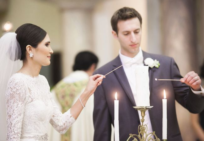 Ways to honor deceased loved ones at your wedding: Light a candle in their honor during the ceremony.  http://www.vintagevinylcds.com/
