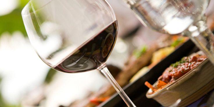 Grecia lucha porque sus vinos se vendan más y mejor - http://www.absolutgrecia.com/grecia-lucha-porque-sus-vinos-se-vendan-mas-y-mejor/