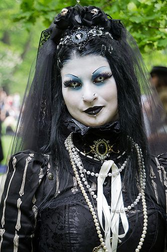 25 best Gothic images on Pinterest | Cybergoth, Darkness ...