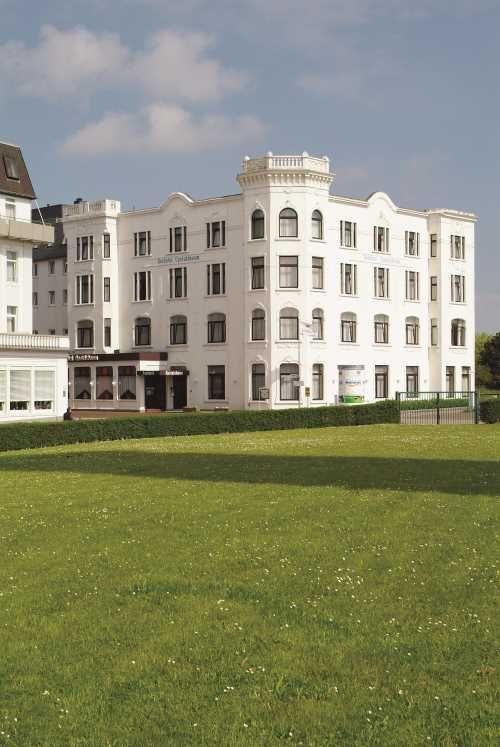 Das Upstalsboom Seehotel auf Borkum www.seehotel-borkum.de/ #seehotel #upstalsboom #borkum #hotel #urlaub #vacation #relax #northsea #getaway