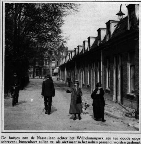 1929. Gezicht in de Nassaulaan te Utrecht met de huizen aan de zuidelijke straatwand, uit het westen.  N.B. De straatnaam Nassaulaan is in 1937 gewijzigd in Prins Bernhardlaan. In 1942 keerde de naam Nassaulaan weer terug en in 1945 werd deze wederom gewijzigd in Prins Bernhardlaan. In 1954 werd de straatnaam definitief gewijzigd in Prinses Marijkelaan.