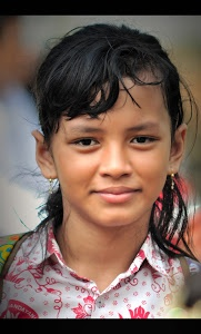 my daughter again by Ayahya Ayahyaweb - my daughter again at jakarta Click on the image to enlarge.
