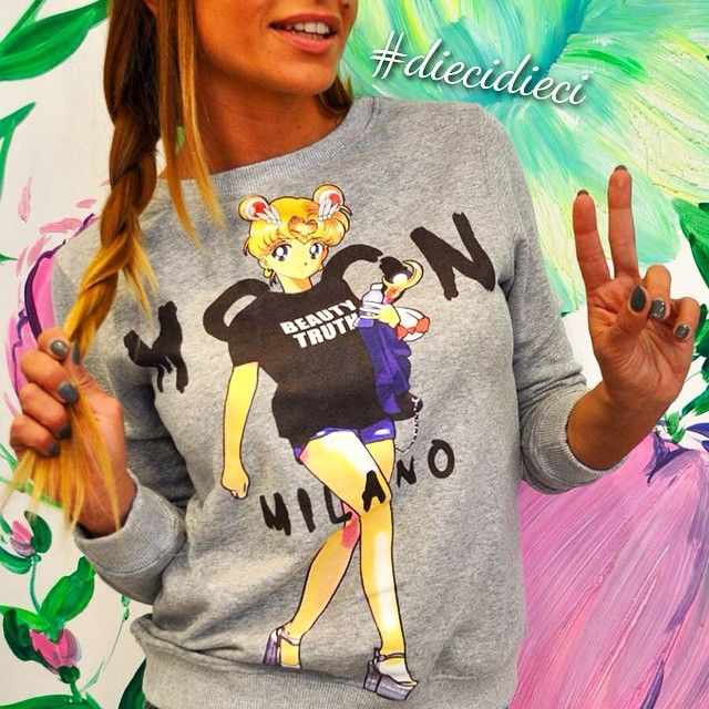 #bazaretto #diecidieci #teetrend #sailormoon #cartoon #model #mfw