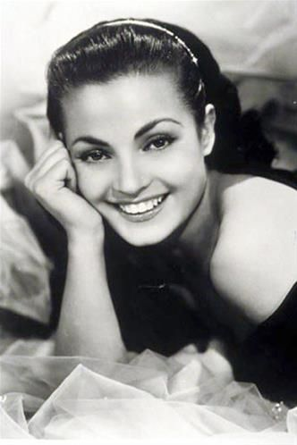 Carmen Sevilla.                                                                                                                                                                                 Más