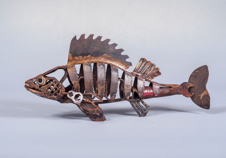 Band Saw Perch, por Harriet Mead