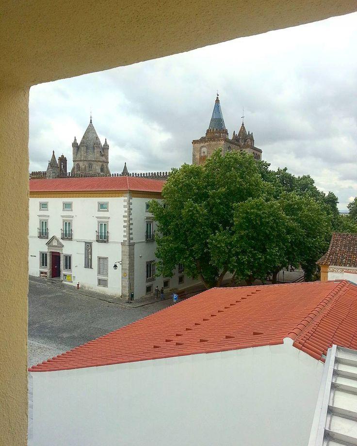 Vista do Fórum Eugénio de Almeida. / View from Fórum Eugénio de Almeida. #evora #Alentejo
