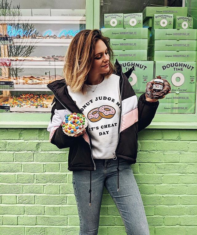 I was made with two hands so I can hold two doughnuts  || please can we appreciate that one of these doughnuts has an actual JAR OF NUTELLA ON IT PEOPLE. A WHOLE JAR  || @doughnuttime_uk - you are worth the hype  || Sweatshirt is by @primark || shop the rest of the outfit by following me on the @liketoknow.it app http://liketk.it/2uBs5 #liketkit #donutjudgemeitscheatday