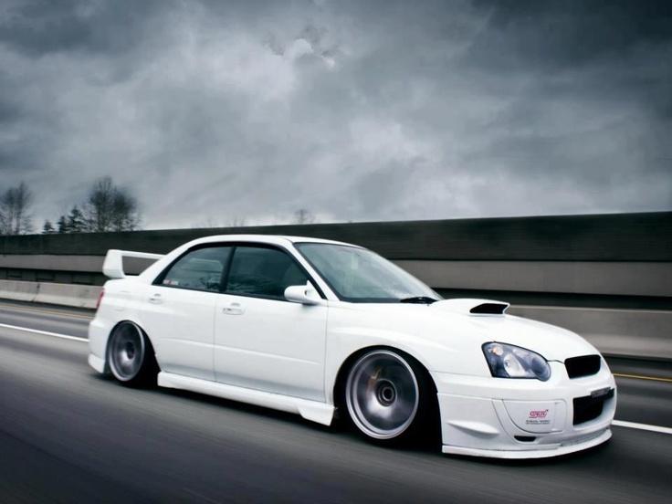 Subaru Impreza STI - Hellaflush