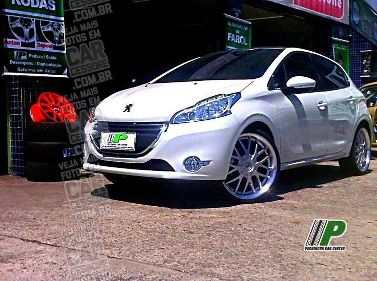 Peugeot 208 branco com rodas TSW Kyalami aro 20 | Peugeot 208 with 20-inch rims