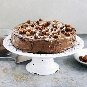 Recept - Chocoladetaart met gekaramelliseerde hazelnoten - Allerhande