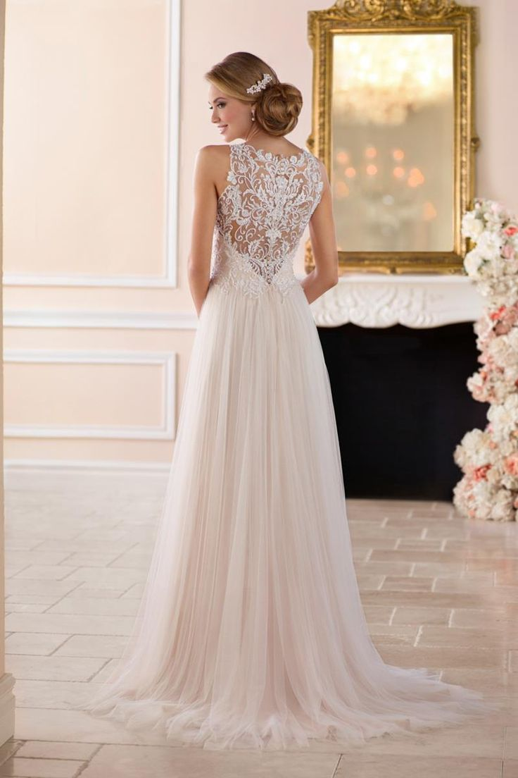 6284 Wedding Dress from Stella York | hitched.co.uk