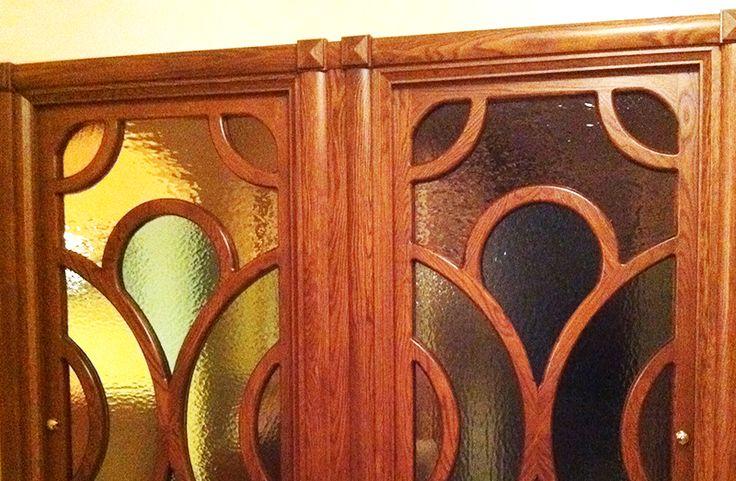 Porta in legno di rovere realizzata interamente in legno massello.