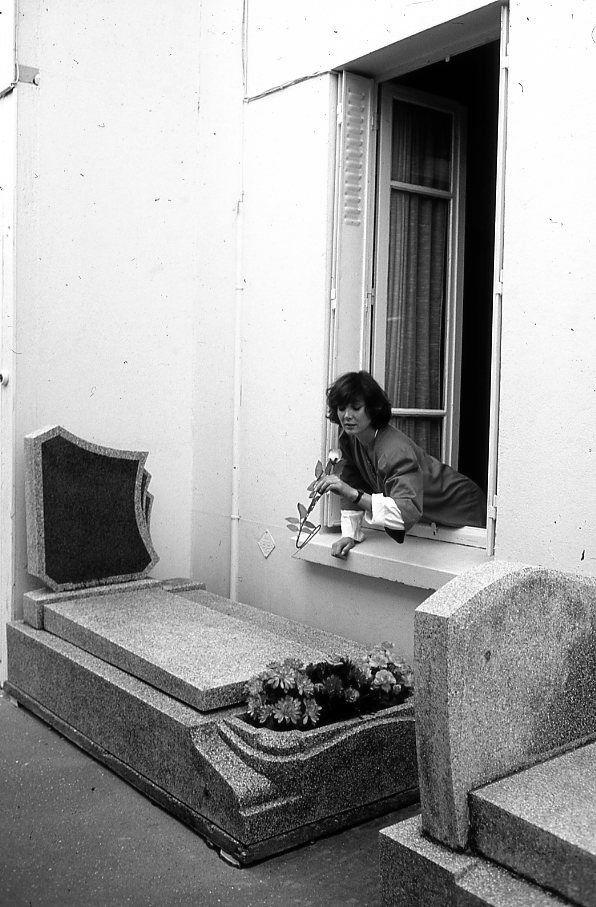 Sabine Azéma par Robert Doisneau, Montrouge (1985)