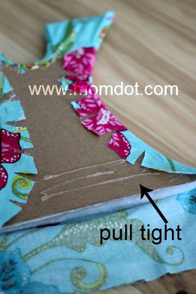 Tutu Bow Holder DIY Tutorial , Perfect for a Princess Collection | MomDot.com