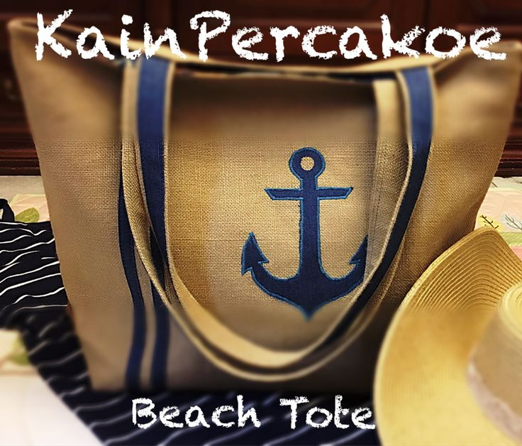 Burlap beach tote with nautical theme aplique