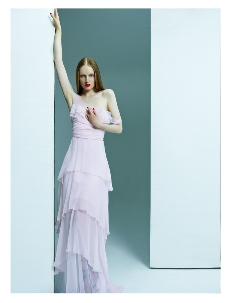 Pink tulle and mousseline dress