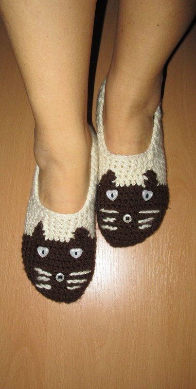 Cat Socks/Women Socks/Slippers Socks/Cute Socks/Christmas Slippers/Animal Slippers/Ladies Slippers/Men Slippers/Fun Clothing/Fun Accessories (24.00 USD) by aysev
