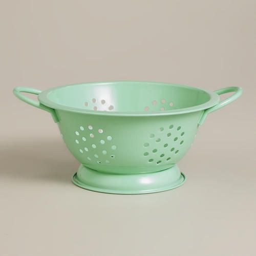 "Mini 6"" Mint Colander, only $1.99 at World Market!  Darling for a picnic AND craft supply storage!"