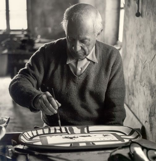 Picasso at Maudoura Pottery workshop in 1953