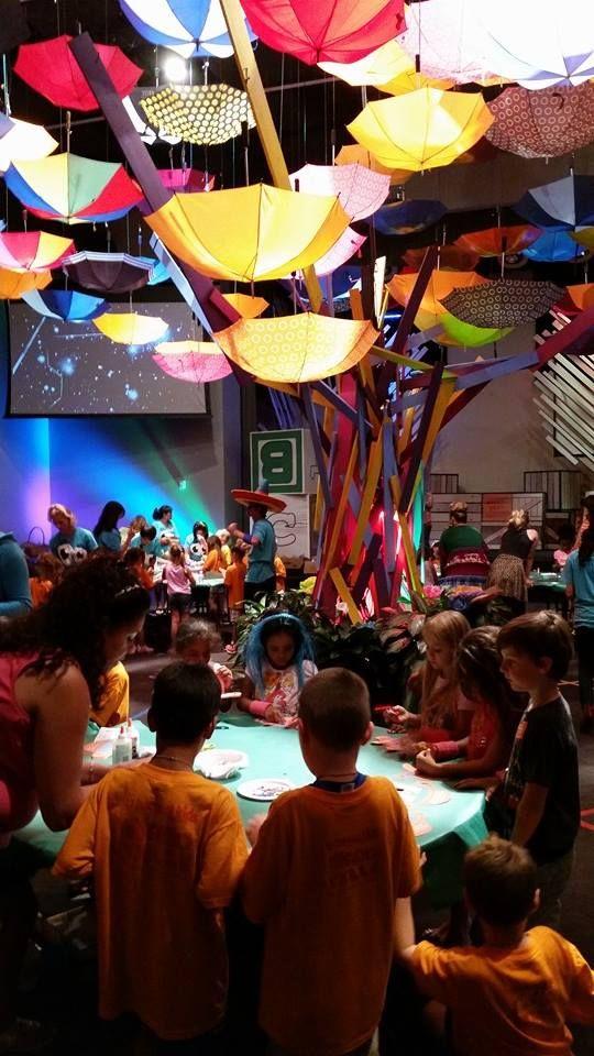 Kid's event design upside down umbrella