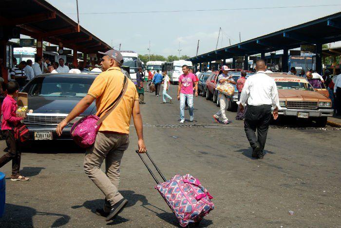 Tarifas y situación política reducen zafra de viajeros en Semana Santa