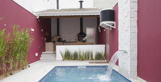 area de lazer com piscina linda
