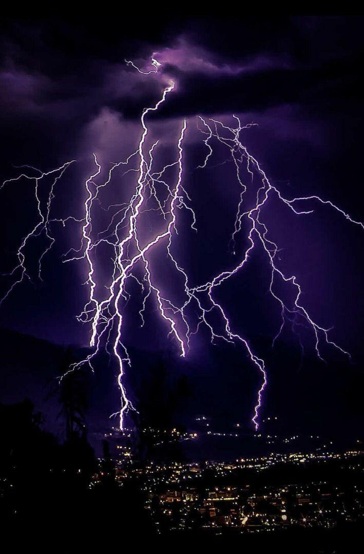 David Edgerton On Twitter Lightning Photography Lightning Photos Storm Photography Lightning wallpaper hd iphone