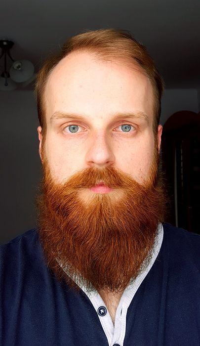 [27 weeks now ] [1st Barber  13 weeks]  [ Red beard ]  [ 23 yo ]   – Blue acrylic nails