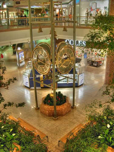 Masonville Place, London Ontario. Go here on a regular basis and I don't see this thing in there anymore