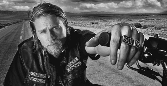 Charlie Hunnam Sons of Anarchy - h.o.t.