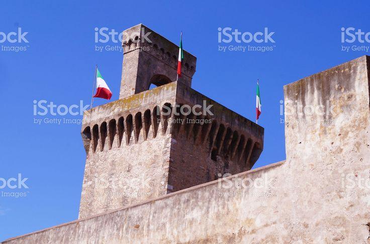 https://secure.istockphoto.com/photo/torrione-rivellino-piombino-tuscany-italy-gm522477882-91655005