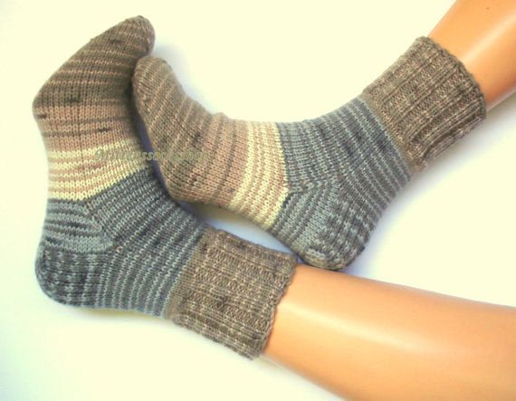 Hand knitted socks Warm socks from sock yarn Winter socks Elegant womens socks Gray beige white brown socks Athletic men's socks Wool socks