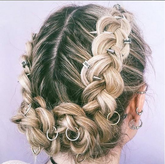 major hair inspo. featuring regal rose aeon hair ring, hair bead clickers and phoenix hair spikes