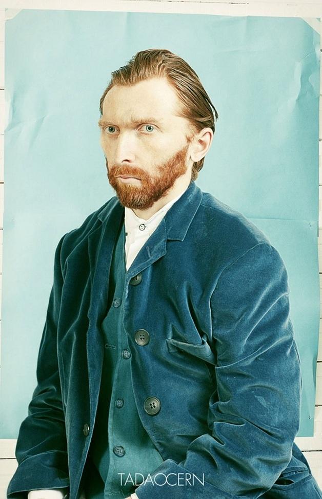 Artista transforma pintura de auto-retrato de Van Gogh em fotografia: http://www.hypeness.com.br/2013/01/artista-transforma-pintura-de-auto-retrato-de-van-gogh-em-fotografia/#