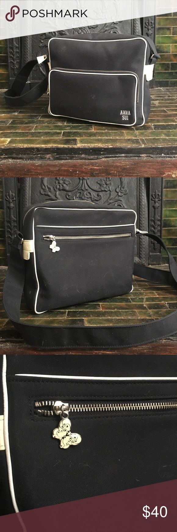 90s Anna Sui messenger purse bag Navy Blue with white trim. The inside is a really cool patterned nylon lining. Anna Sui Bags Crossbody Bags